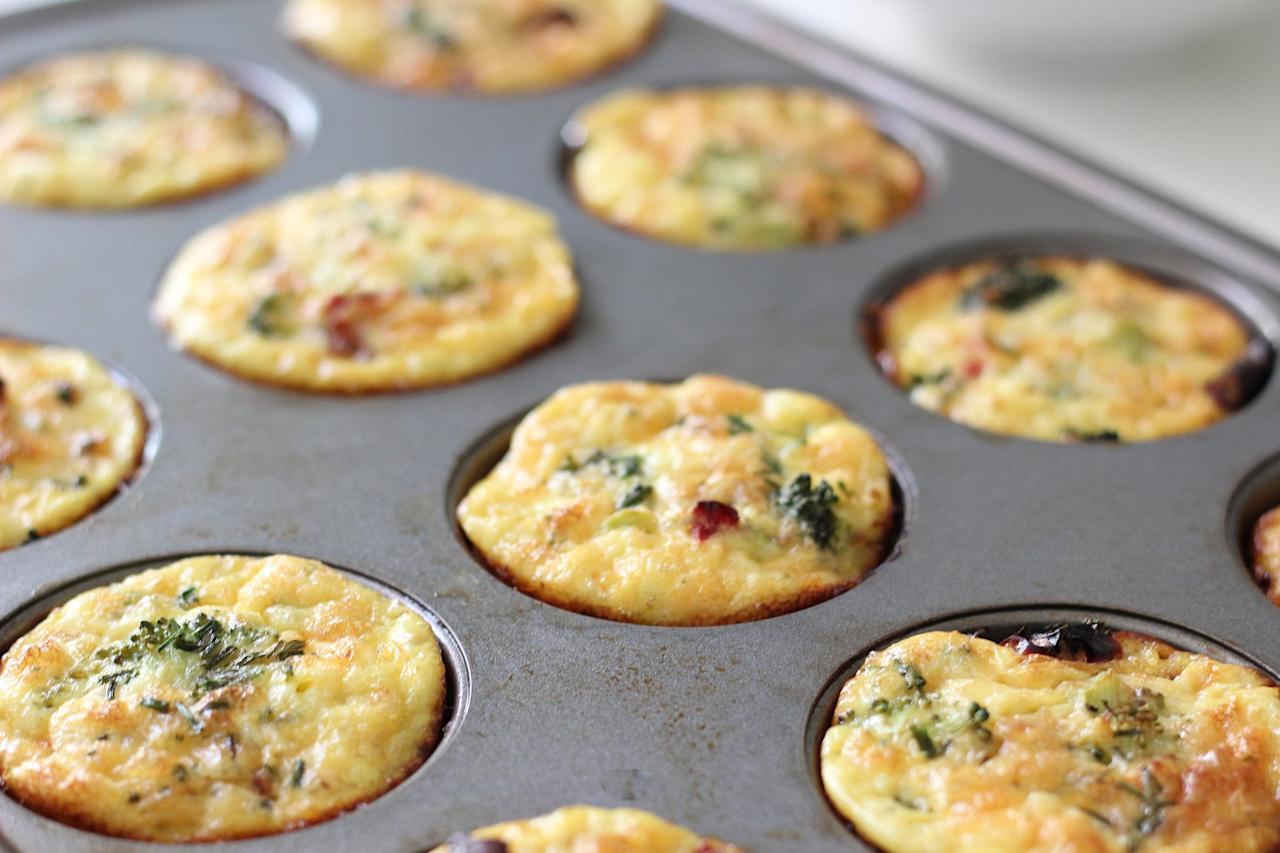 """<p><a href=""""http://www.popsugar.com/fitness/Gluten-Free-Turkey-Sausage-Egg-Muffin-30839677/"""" class=""""ga-track"""" data-ga-category=""""Related"""" data-ga-label=""""http://www.popsugar.com/fitness/Gluten-Free-Turkey-Sausage-Egg-Muffin-30839677/"""" data-ga-action=""""In-Line Links"""">Turkey sausage, cheddar, and egg muffins</a> are adorable and filling. Make a batch of these on Sunday to have a protein-packed breakfast ready in seconds all week.</p>"""