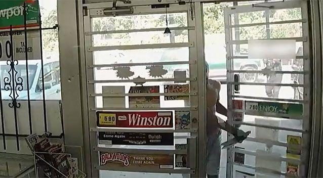 Barre enters the convenience store. Source: Tulsa Police Department