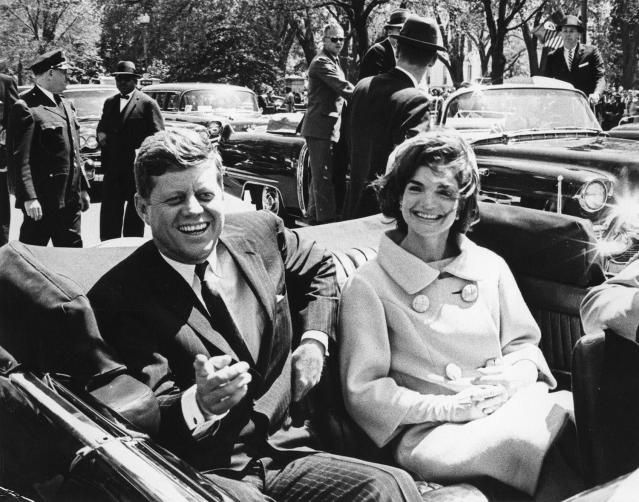 <p>President John F. Kennedy and first lady Jacqueline Kennedy sit in a car in front of Blair House during the arrival ceremonies for Tunisian President Habib Bourguiba, in Washington, May 3, 1961. (Photo: Abbie Rowe/White House/John F. Kennedy Presidential Library and Museum) </p>