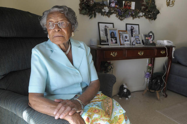 Recy Taylor, who was raped nearly seven decades ago by a gang of white men as she walked home from church, was photographed in her Florida home in 2010. (Photo: AP Photo/Phelan M. Ebenhack, File)