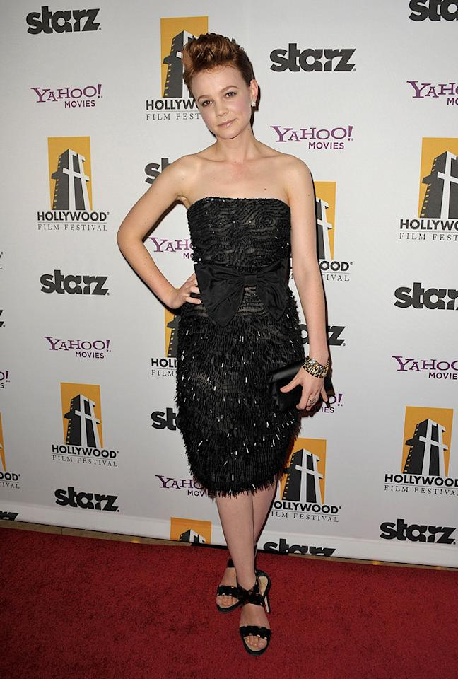 "<a href=""http://movies.yahoo.com/movie/contributor/1808686699"">Carey Mulligan</a> at the 13th Annual Hollywood Awards Gala held at the Beverly Hilton Hotel - 10/26/2009"