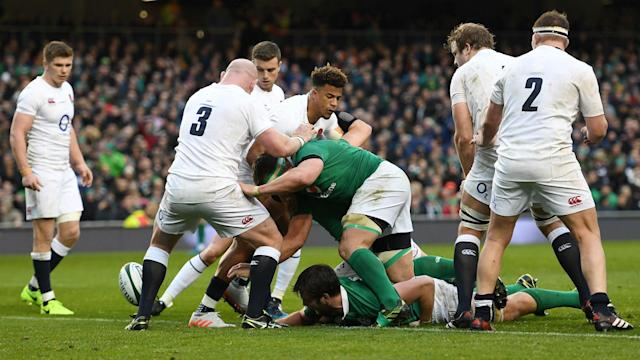 England were not able to complete yet another late rescue act as their 18-match winning streak was halted by Ireland in Dublin.