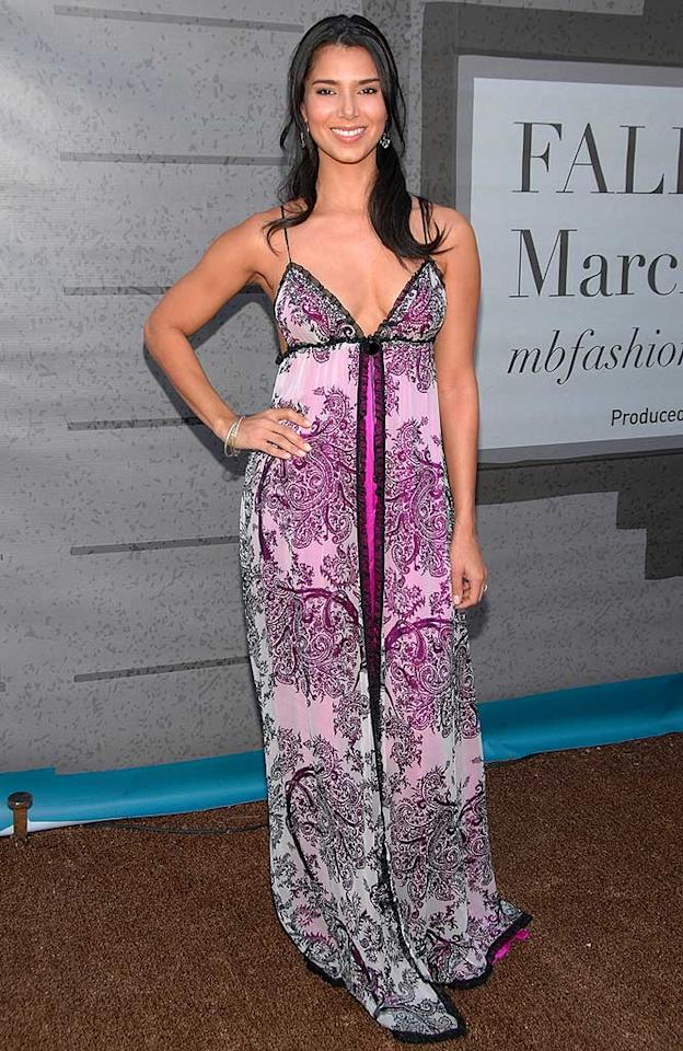 """""""Without a Trace"""" star Roselyn Sanchez clearly did not use a stylist. This purple paisley number looked more appropriate for the boudoir. Jean-Paul Aussenard/<a href=""""http://www.wireimage.com"""" target=""""new"""">WireImage.com</a> - March 9, 2008"""