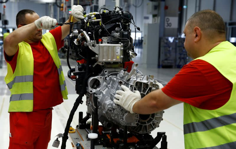 CEE manufacturing shows signs of recovery, but challenges remain