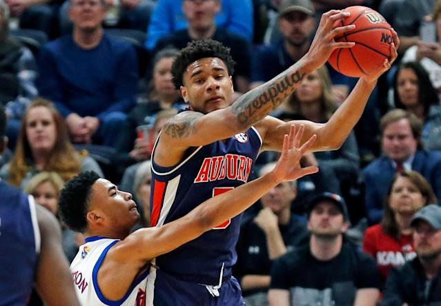 "Auburn's win Saturday ensured that ""Court Stormers"" would have the final perfect bracket in 2019. (AP Photo/Rick Bowmer)"