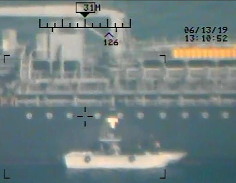 This image released on June 17, 2019 by the US Department of Defense is presented as new evidence incriminating Iran in the June 13 tanker attacks in the Gulf of Oman (AFP Photo/-)