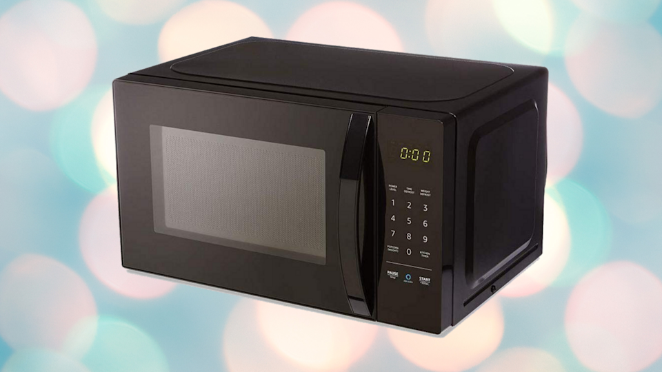 This smart microwave has a 4 out of 5 stars from nearly 2,100 reviews. (Photo: Amazon/Yahoo Lifestyle)