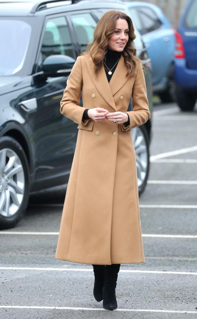 The Duchess of Cambridge arrives in Cardiff to attend a baby sensory class [Photo: Getty]