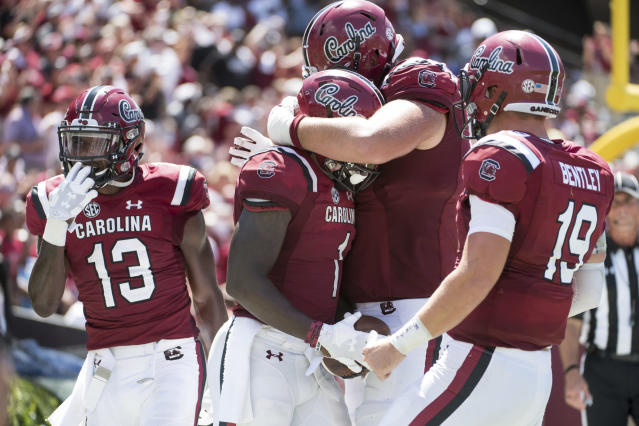 South Carolina wide receiver Deebo Samuel (1) celebrates his touchdown reception with Blake Camper, right, Jake Bentley (19), and Shi Smith (13) during the second half of the Gamecocks' 49-15 win over Coastal Carolina in Week 1. (AP)