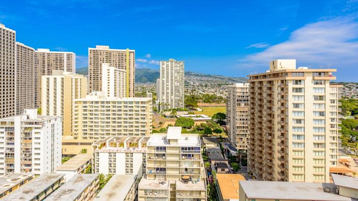 11825, Apartments, BUILDING, Building-Type, Cities, Hawaii, Here's What an Average Apartment Costs in 50 US Cities, Honolulu, House, States, US, USA, america