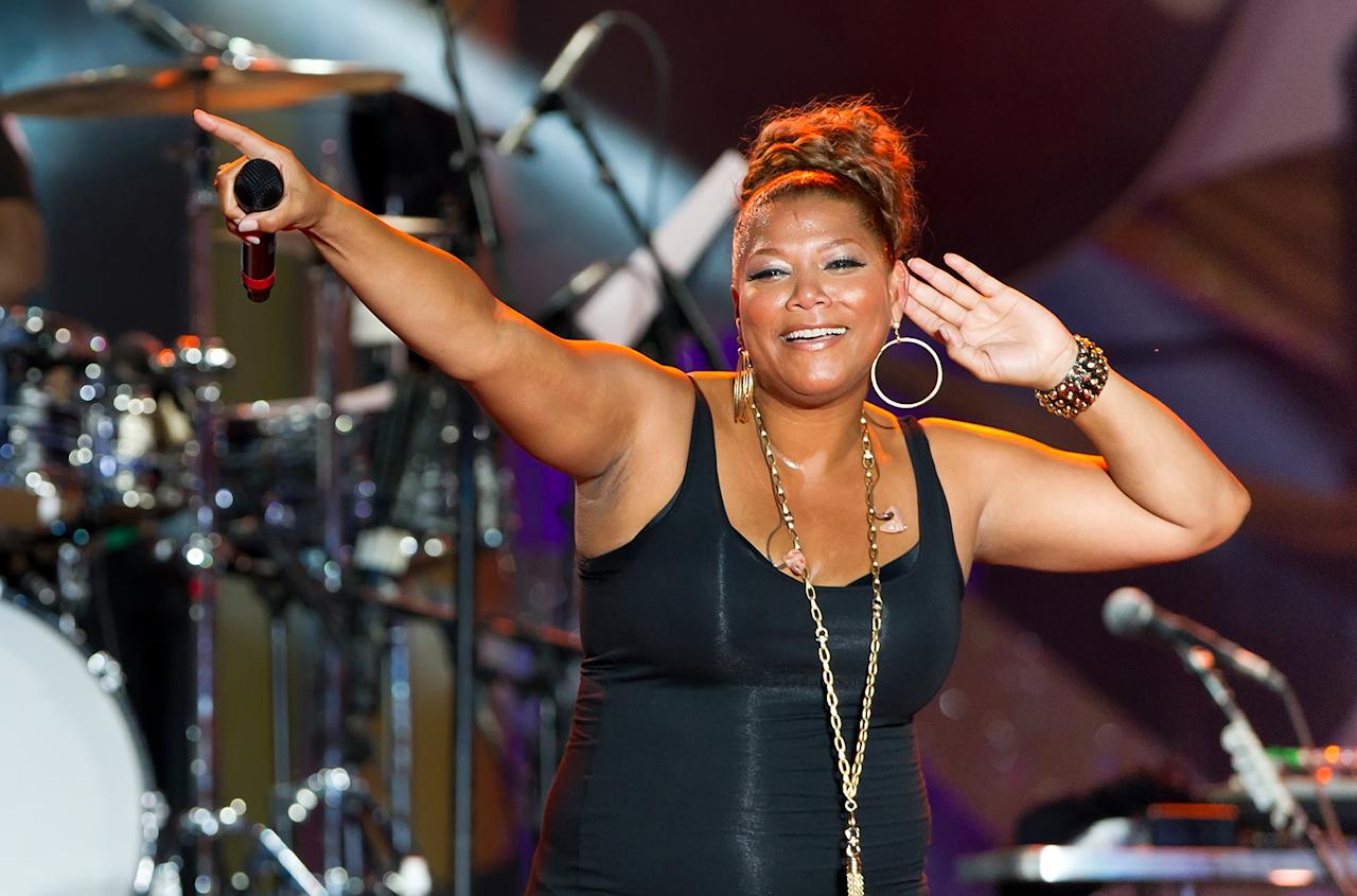 "Queen Latifah Queen Latifah performed at the 1998 Super Bowl in San Diego. Her real name is Dana Elaine Owens, but she found ""Latifah"" (which means ""delicate"" and ""very kind"") in an Islamic book of names when she was 8 years old."