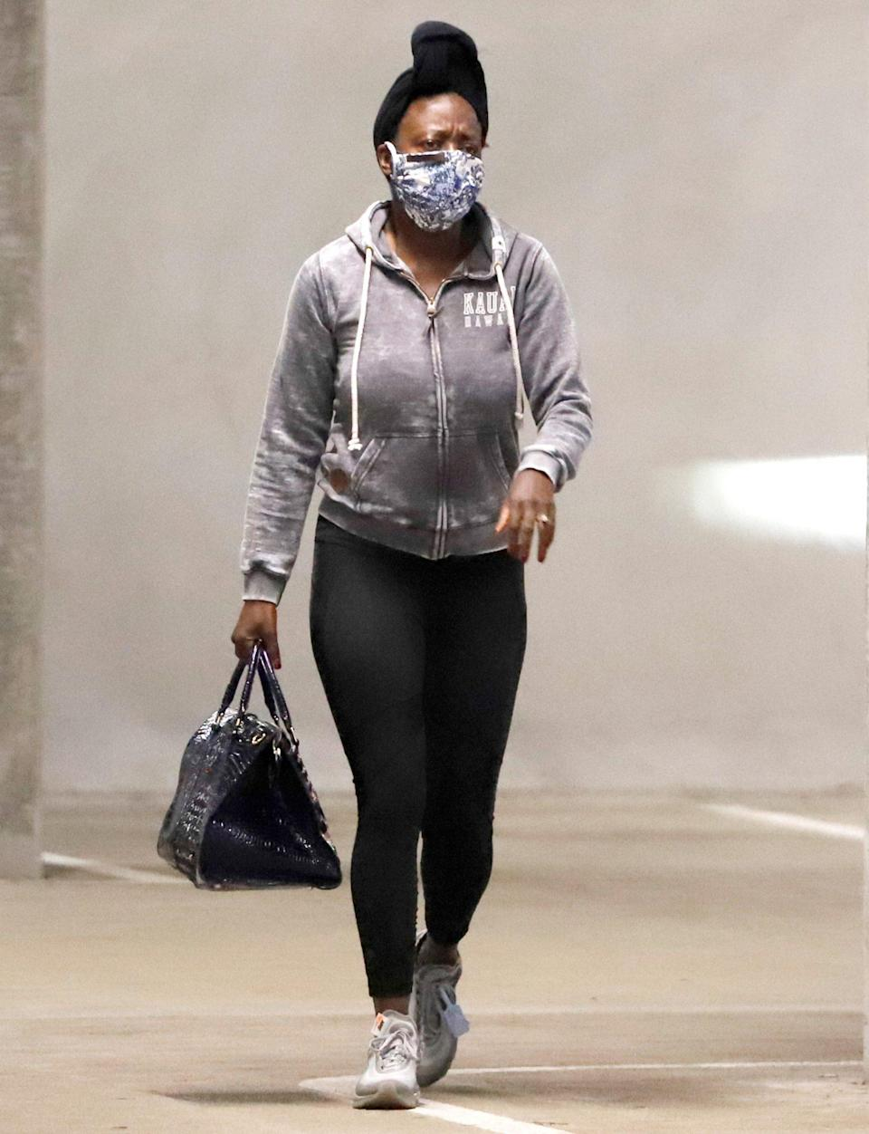 <p>Viola Davis makes a quick trip to Whole Foods in L.A. on Wednesday.</p>