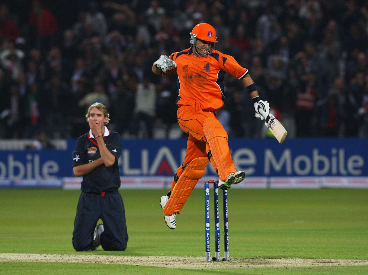 LONDON - JUNE 05:  Ryan ten Doeschate of Netherlands celebrates victory as Stuart Broad of England looks on during the ICC World Twenty20 Group B match between England and the Netherlands at Lord's on June 5, 2009 in London, England.  (Photo by Tom Shaw/Getty Images)
