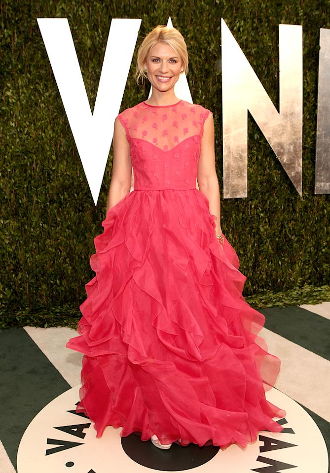 "Golden Globe winner Claire Danes (""Homeland"") looked like a delicious snowcone in her strawberry-hued Valentino dress."