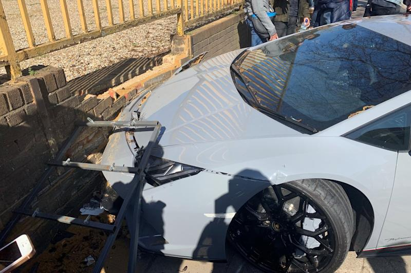 The car is said to have hit a tree before crashing into the wall (London.carspots)