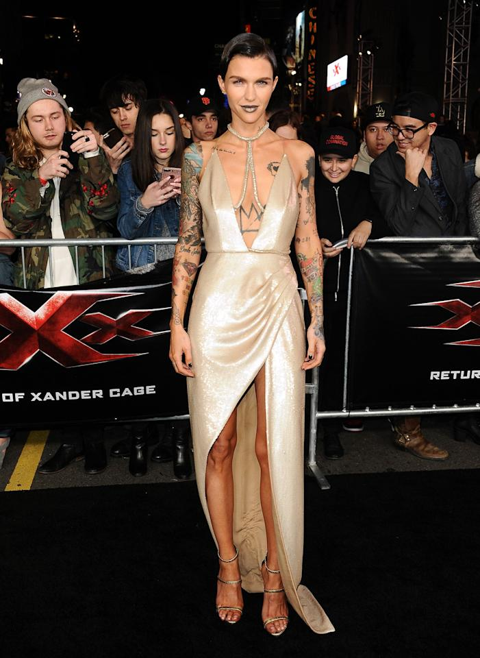 <p>Ladies and gentlemen, this is why Ruby Rose is an absolute fashion gem. Let's just take a moment to appreciate this Julien Macdonald gown. [Photo: Getty] </p>
