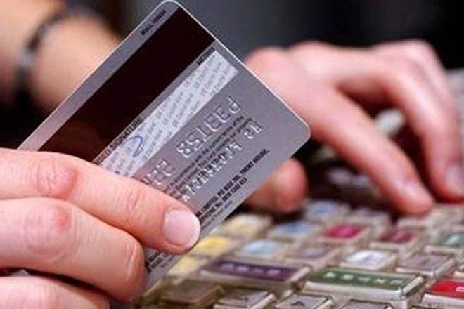credit card, cash withdraw with credit card, cash withdraw, credit card charges, credit card interest rate, credit card bills, reward points, credit score, how to choose credit card with online cash and rewards benefits, SBI, HDFC, ICICI, American express, fuel cards, travel cards, credit card for travel, travel abroad, abroad credit card, shopping cards,