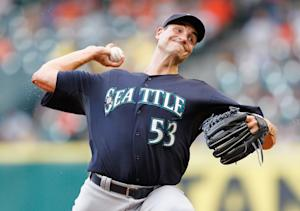 Mariners pitcher Chris Young could be helped by a crazy strategy. (Getty)