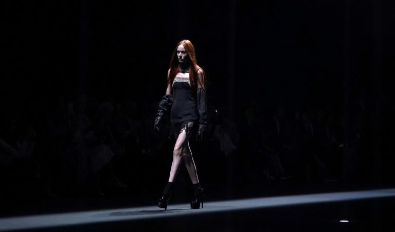 Designer Vera Wang returned to the catwalk for the first time in several years