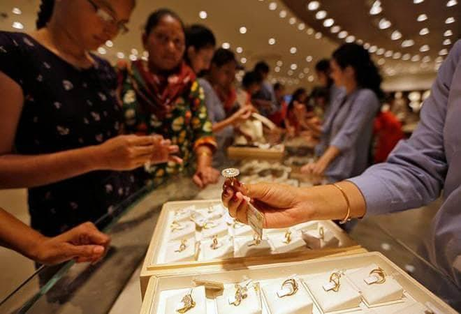 The Council predicts Indian demand for gold at 750-850 tonnes 2019,  against 760 tonnes in 2018. The June quarter is expected to see brisk  business on the back of the traditional wedding season buying and the  Akshaya Tritiya festival.<br />
