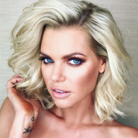 Sophie Monk has some epic makeup skills, so how does Courtney's match up?
