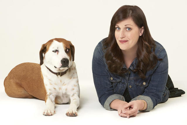 Ned and Allison Tolman in ABC's 'Downward Dog' (Credit: Bob D'Amico/ABC)