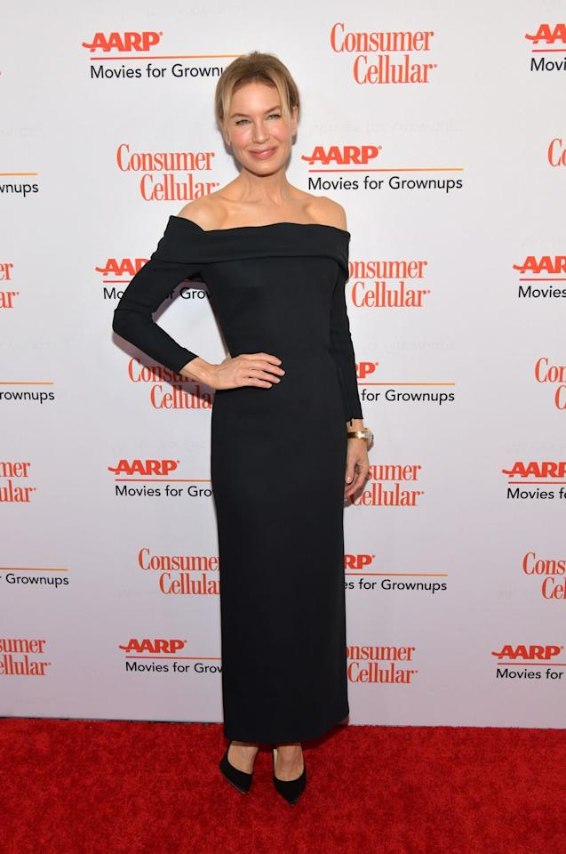 <p><strong>11 January </strong>Renée Zellweger dressed in a chic off-the-shoulder black Louis Vuitton dress for the AARP Awards. <strong></strong></p>