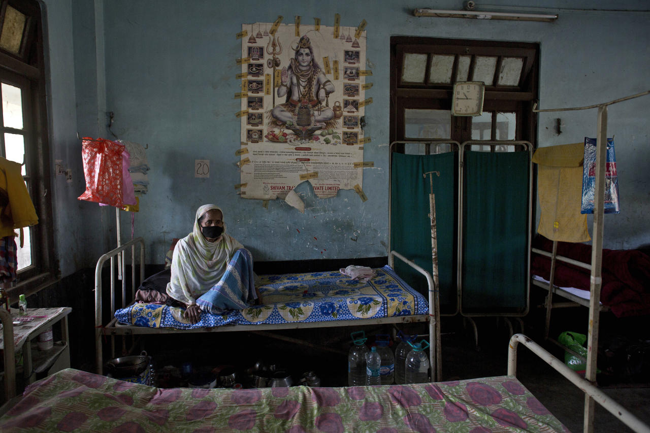 An Indian tuberculosis patient rests on a bed at a TB hospital on World Tuberculosis Day in Gauhati, India, Saturday, March 24, 2018. Earlier this month Indian Prime Minister Narendra Modi launched a campaign to fast-track the India's response to tuberculosis, which is now the world's leading infectious killer. (AP Photo/Anupam Nath)