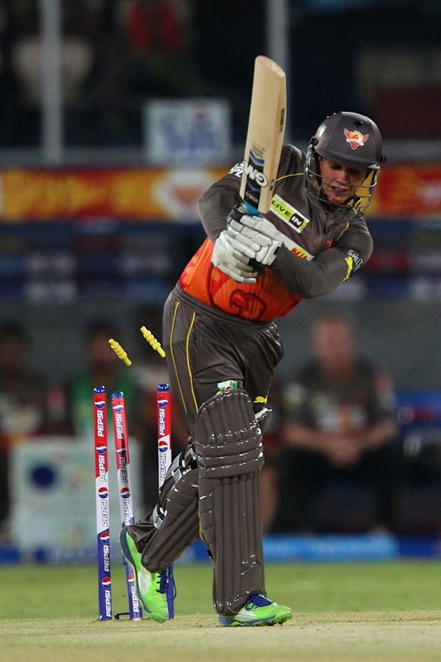 Quinton de Kock is bowled by Praveen Kumar during match 25 of the Pepsi Indian Premier League between The Sunrisers Hyderabad and The Kings XI Punjab held at the Rajiv Gandhi International  Stadium, Hyderabad  on the 19th April 2013..Photo by Ron Gaunt-IPL-SPORTZPICS..Use of this image is subject to the terms and conditions as outlined by the BCCI. These terms can be found by following this link:..https://ec.yimg.com/ec?url=http%3a%2f%2fwww.sportzpics.co.za%2fimage%2fI0000SoRagM2cIEc&t=1498734210&sig=QaR16J_ieiRwDgUskAyFpg--~C