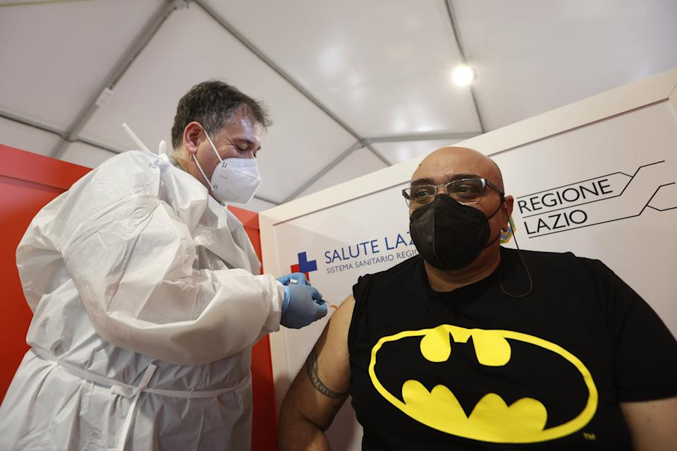 ROME, ITALY, MAY 02: A patient receives a dose of Pfizer vaccine in the new Covid-19 vaccine center set at Porta di Roma mall in Rome, Italy, on May 02, 2021. (Photo by Riccardo De Luca/Anadolu Agency via Getty Images) (Photo: Anadolu Agency via Getty Images)