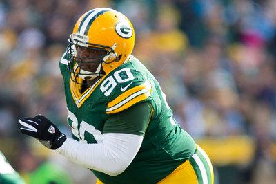d5b9654cb The injuries to B.J. Raji and JC Tretter are dominating the media coverage  of the Packers this weekend