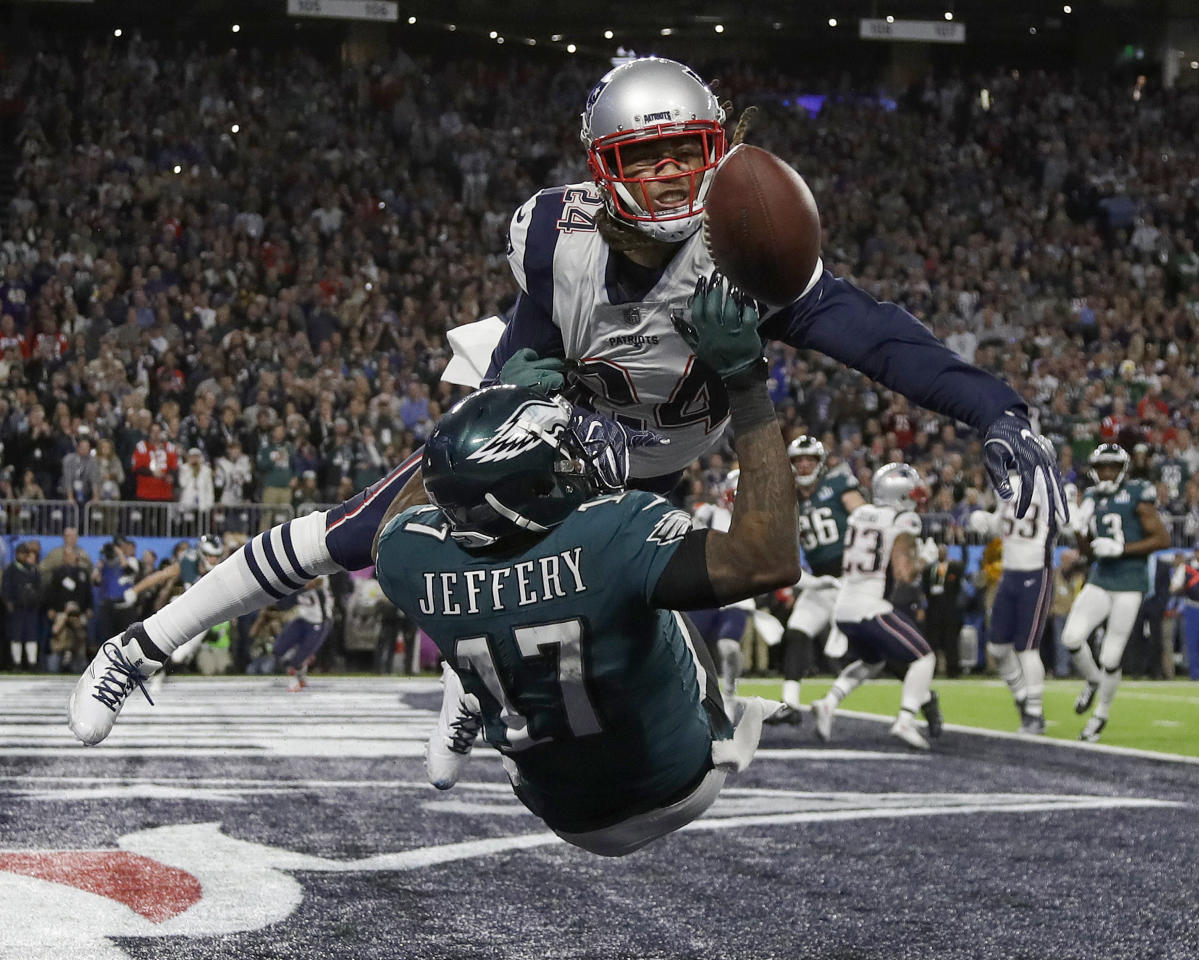 <p>New England Patriots' Stephon Gilmore, top, breaks up a pass intended for Philadelphia Eagles' Alshon Jeffery during the first half of the NFL Super Bowl 52 football game Sunday, Feb. 4, 2018, in Minneapolis. (AP Photo/Matt Slocum) </p>