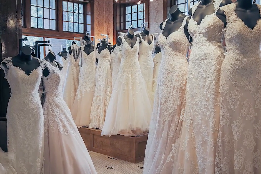 The best wedding dress shops in every southern state for Best wedding dress shops
