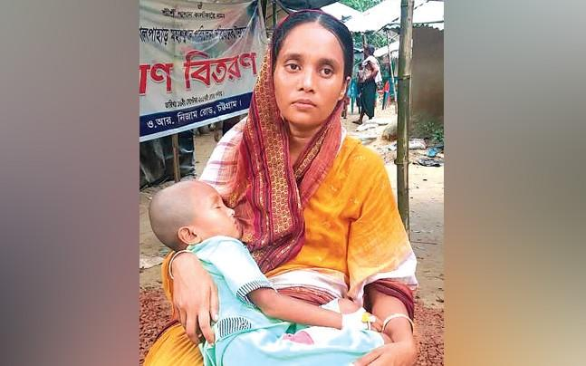 <p>In an exclusive chat with India Today, many Hindu Rohingya women revealed that they were harassed, forced to remove sindoor, break bangles among other things in Bangladesh relief camps. </p>