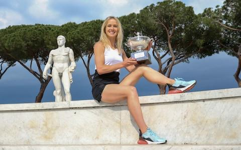 Elina Svitolina poses with the Italian Open trophy - Credit: Getty Images