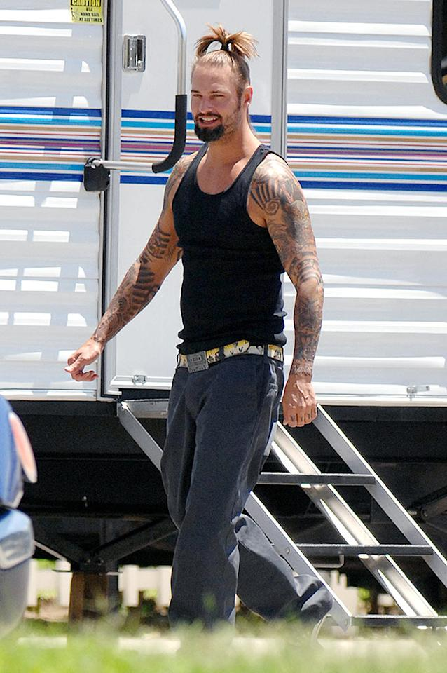 """Speaking of scary hair, """"Lost"""" star Josh Holloway looks like he could take flight with that helicopter on his head. Richard Beetham/<a href=""""http://www.splashnewsonline.com"""" target=""""new"""">Splash News</a> - August 5, 2008"""
