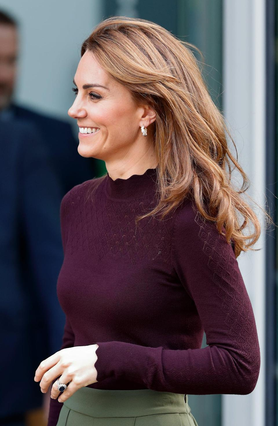 "<p>The duchess stepped out for an engagement during the first week of October, with a new subtle hair change. She added long, layered curtain bangs to her golden highlights, creating a face-framing definition for a pretty autumnal switch-up. <a href=""https://www.popsugar.co.uk/beauty/Princess-Diana-Hair-45132715"" class=""link rapid-noclick-resp"" rel=""nofollow noopener"" target=""_blank"" data-ylk=""slk:Similar to Princess Diana"">Similar to Princess Diana</a>, Middleton prefers subtle changes to her hair, so she doesn't take the attention away from the work she is doing - and possibly also because she doesn't want to commit to such a dramatic hairstyle change.</p>"