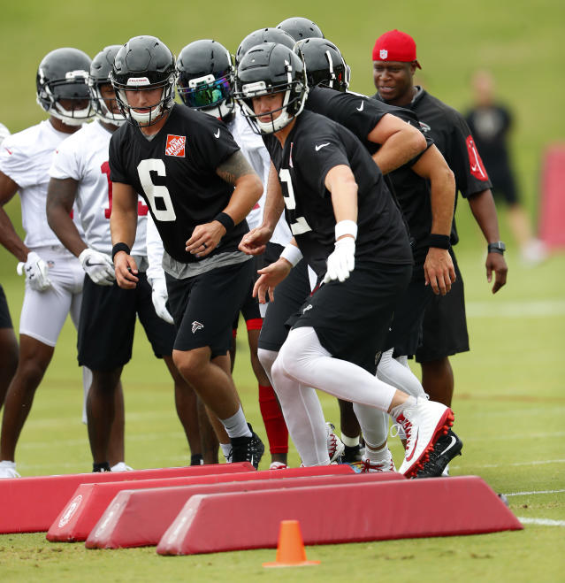 Atlanta Falcons quarterback Matt Ryan (2) runs through drills during NFL football minicamp, Tuesday, June 12, 2018 in Flowery Branch, Ga. (AP Photo/John Bazemore)