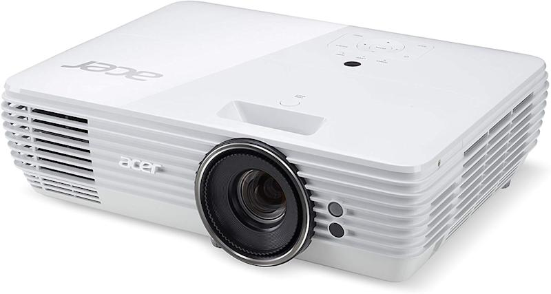 Save $253 on this 4K TV projector that's great for live sports. (Photo: Amazon)