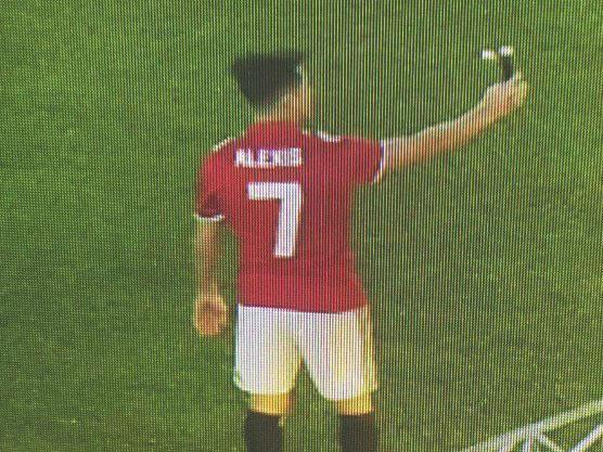 Manchester United transfer news and rumours: Alexis Sanchez announcement imminent after leaked picture
