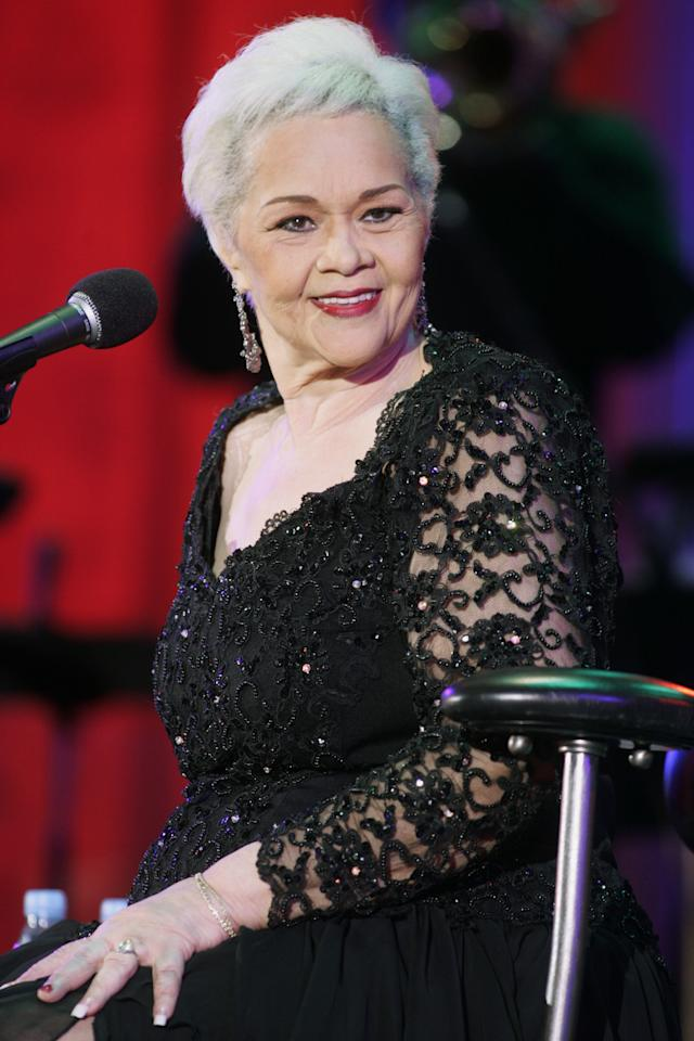 "Legendary jazz vocalist Etta James performs at the 26th annual Playboy Jazz Festival at the Hollywood Bowl in Hollywood June 19, 2004. James had her first hit ""Roll With Me, Henry"" in 1954, has been inducted into the Rock 'n' Roll Hall of Fame and has a lifetime achievement award fro the National Academy of Recording Arts and Sciences. REUTERS/Fred Prouser  FSP/DL"