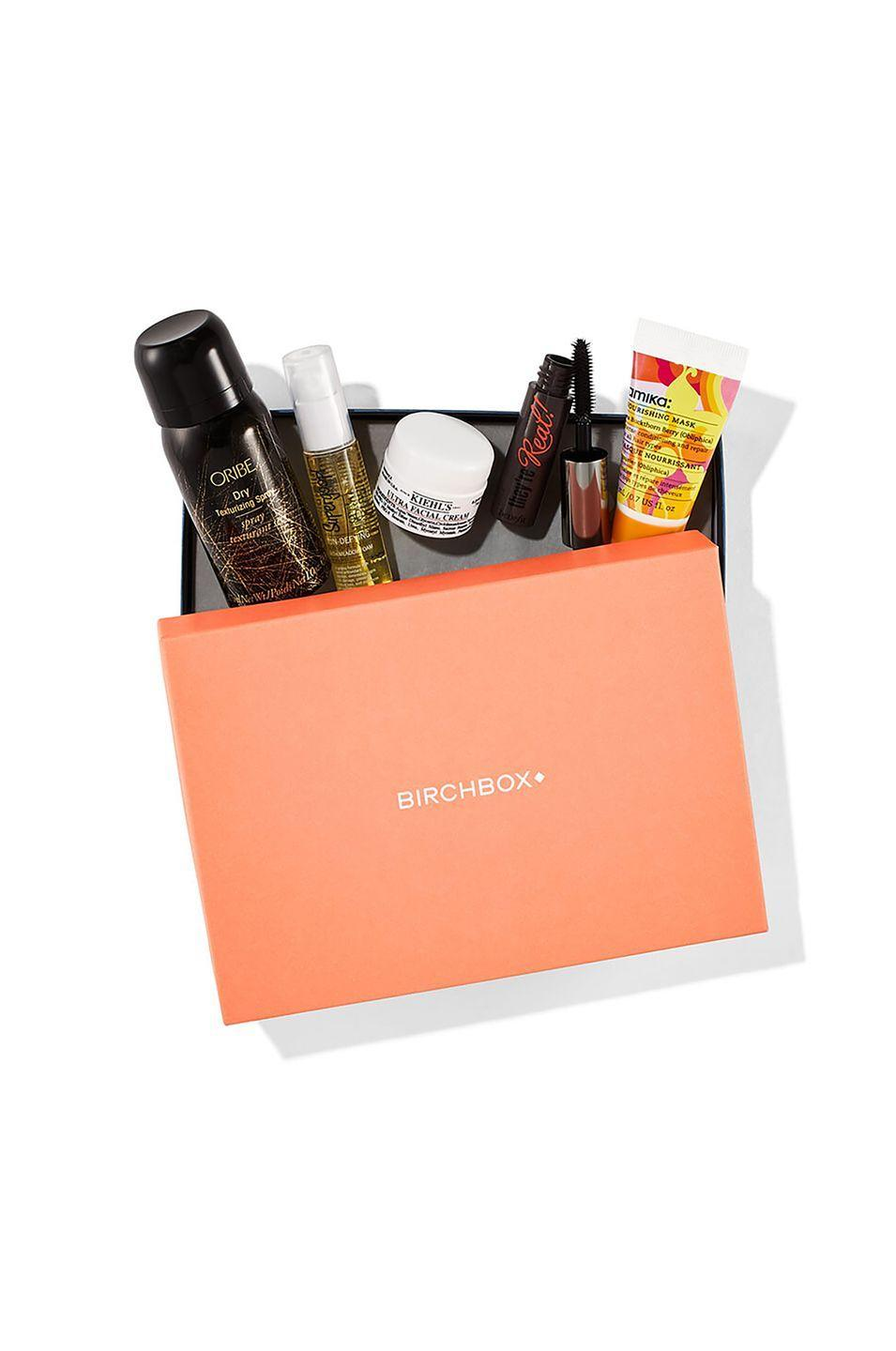 """<p>If mom loves trying new beauty products, a <a href=""""https://www.birchbox.com"""" rel=""""nofollow noopener"""" target=""""_blank"""" data-ylk=""""slk:Birchbox subscription"""" class=""""link rapid-noclick-resp"""">Birchbox subscription</a> will get her five new sample-size products each month.<br></p><p><a class=""""link rapid-noclick-resp"""" href=""""https://go.redirectingat.com?id=74968X1596630&url=https%3A%2F%2Fwww.birchbox.com%2F&sref=https%3A%2F%2Fwww.countryliving.com%2Fshopping%2Fgifts%2Fg19663932%2Fmothers-day-gift-baskets%2F"""" rel=""""nofollow noopener"""" target=""""_blank"""" data-ylk=""""slk:SHOP NOW"""">SHOP NOW</a></p>"""
