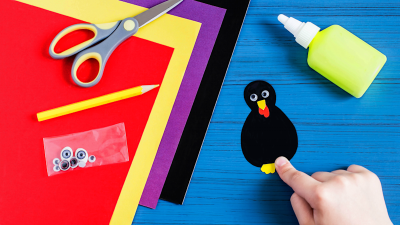 Easy Thanksgiving Crafts Even Little Kids Can Pull Off