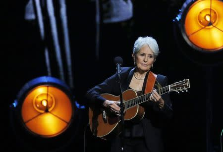32nd Annual Rock & Roll Hall of Fame Induction Ceremony - Show – New York City, U.S., 07/04/2017 – Inductee Joan Baez performs. REUTERS/Lucas Jackson