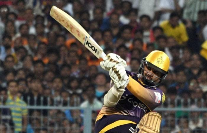 IPL 10: KKR's Sunil Narine foxes one and all with his bat