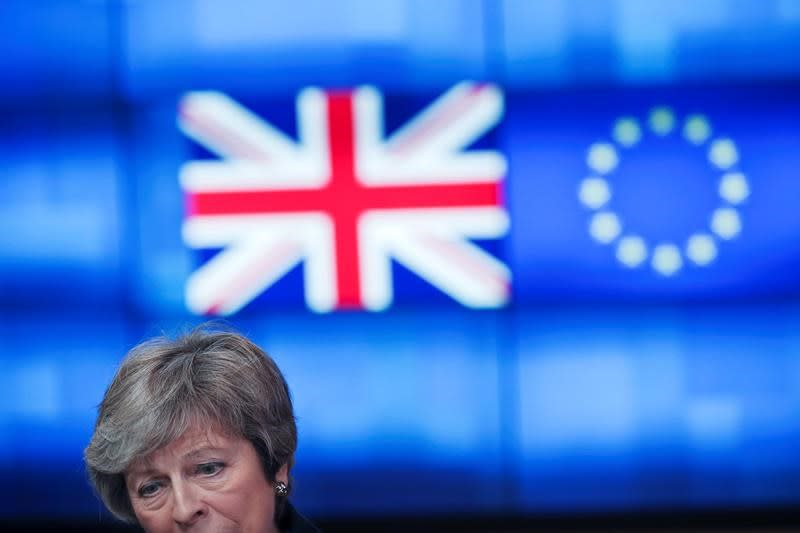 May lukewarm about Corbyn's customs union call