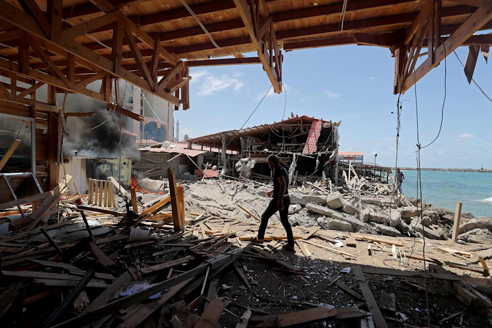 <p>Israeli prime minister BenjaminNetanyahusaidthe country's attacks  on Gaza were continuing at 'full-force'</p> (REUTERS)