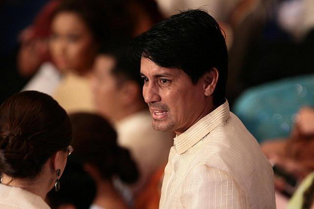 Actor Richard Gomez, husband of Leyte Representative Lucy Torres-Gomez, attends the 3rd State of the Nation Address of Philippine President Benigno Simeon Cojuangco Aquino III at the House of Representatives in Quezon City, northeast of Manila, on 23 July 2012. (Voltaire Domingo/NPPA Images)