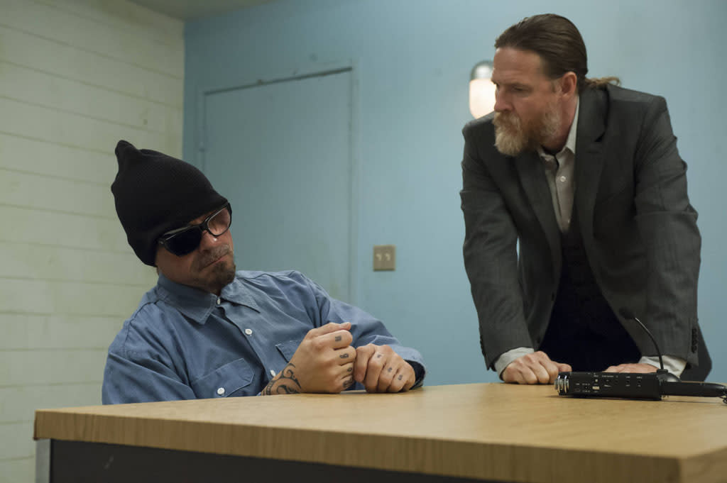 "Kurt Sutter as Otto 'Big Otto Delaney and Donal Logue as Lee Toric in the ""Sons of Anarchy"" episode, ""J'ai Obtenu Cette."""