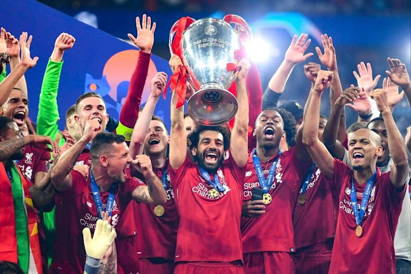 Mohamed Salah y sus compañeros de equipo Liverpool. | Michael Regan/Getty Images